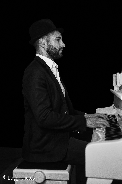 Klavierspieler 2